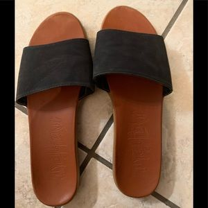 Black slides/ sandals from Target sz 9 Mossimo